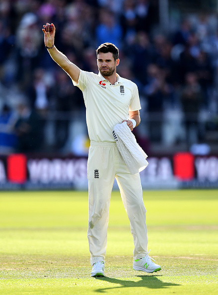 टेस्ट क्रिकेट में 500 विकेट का कीर्तिमान हासिल करने वालें जेम्स एंडरसन हुए भावुक नम आँखों से कही ये दिल छू लेने वाली बात 5