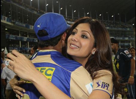 #BIRTHDAY SPECIAL: आज हैं उस भारतीय खिलाड़ी का जन्मदिन जो शिल्पा शेट्टी के था बेहद करीब, अपने पहले ही मैच में बनाया था रिकॉर्ड 3