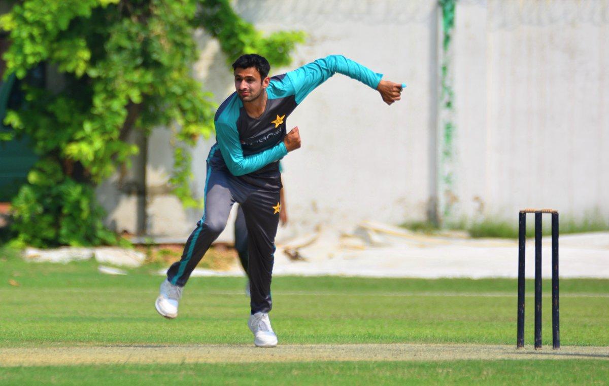 पाकिस्तान के कप्तान सरफराज अहमद के बड़बोल हम विश्व एकादश को तीनों मैच में हरा देंगे 3