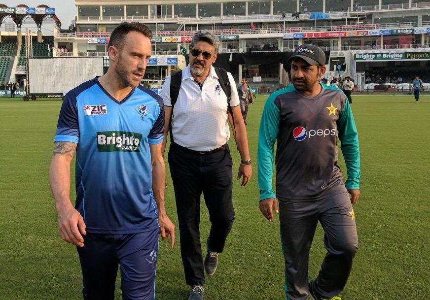 पाकिस्तान के कप्तान सरफराज अहमद के बड़बोल हम विश्व एकादश को तीनों मैच में हरा देंगे 1