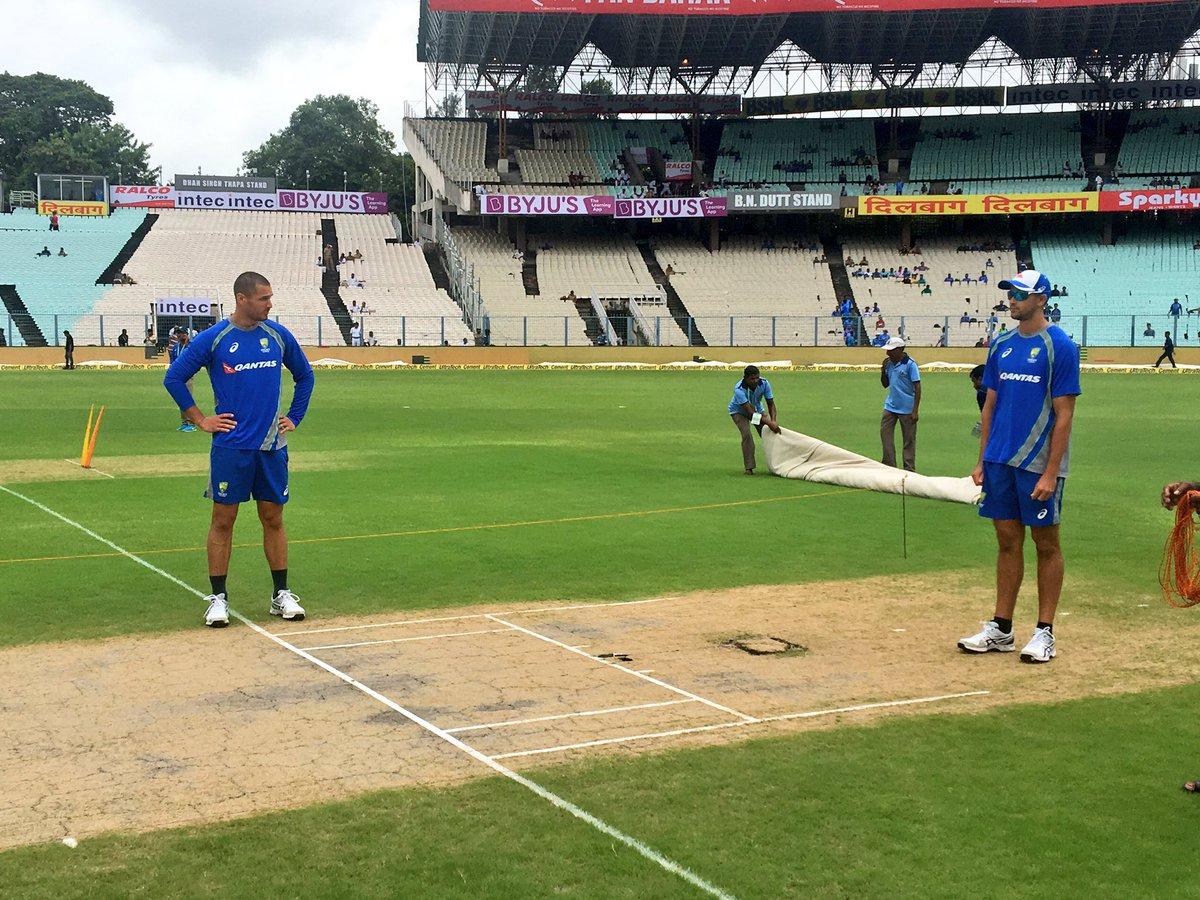 बुरी खबर: कोलकाता में शाम 7 बजे हो सकती है तेज बारिश, जाने पहले बल्लेबाजी या गेंदबाजी करने वाली टीम को होगा फायदा? 4