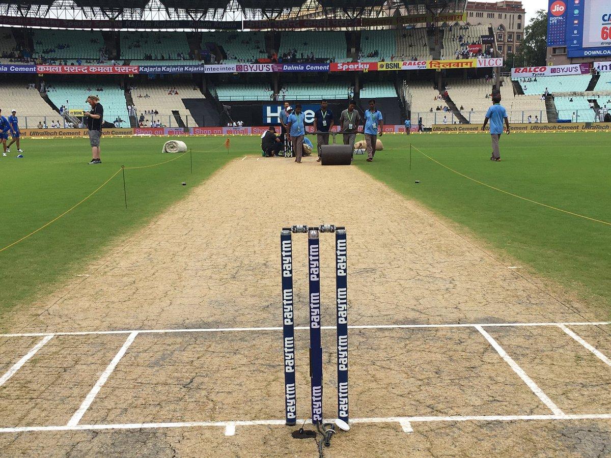 बुरी खबर: कोलकाता में शाम 7 बजे हो सकती है तेज बारिश, जाने पहले बल्लेबाजी या गेंदबाजी करने वाली टीम को होगा फायदा? 1