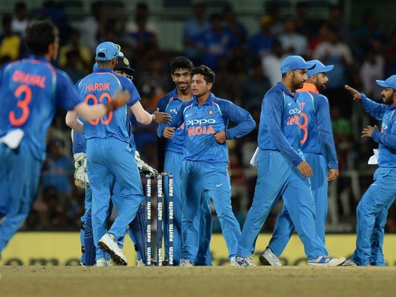 किसने क्या कहा: हैट्रिक लेकर भारत की जीत के सबसे बड़े सूत्रधार बने कुलदीप यादव, भज्जी से लेकर रैना तक सभी ने दी बधाई….