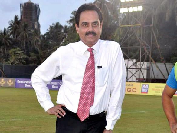 दिलीप वेंगसरकर के नाम से जाना जा सकता है मुंबई का वानखेड़े स्टेडियम का नॉर्थ-स्टैंड ब्लॉक 1