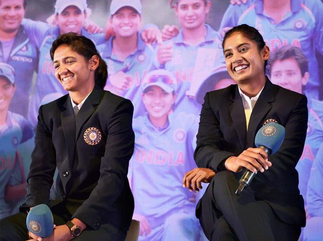 भारतीय महिला क्रिकेटरों में कोई आमिर खान तो कोई फिदा है रणबीर कपूर पर, जानिए मिताली और हरमनप्रीत का बॉलीवुड क्रश 48