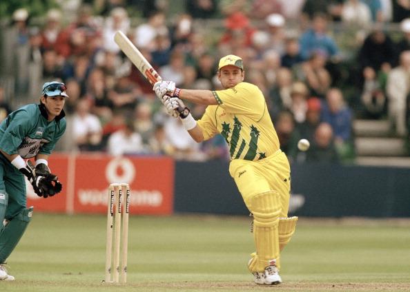 कोहली नहीं बल्कि इस खिलाड़ी का है वनडे क्रिकेट में सबसे ज्यादा बल्लेबाजी औसत, टॉप 5 में है ये खिलाड़ी 3