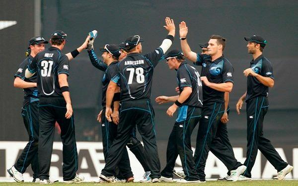 न्यूजीलैंड की टीम को अभ्यास मैच में ही लगा बड़ा झटका, ये खिलाड़ी चोट के कारण सीरीज से हो सकता है बाहर 11