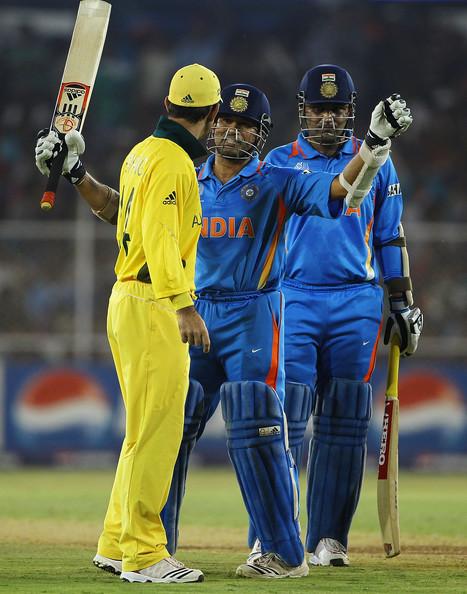 चिन्नास्वामी में खेला जाना है भारत-ऑस्ट्रेलिया के बीच चौथा वनडे मैच, जाने आँकड़ो के अनुसार कौन है जीत का प्रबल दावेदार 7