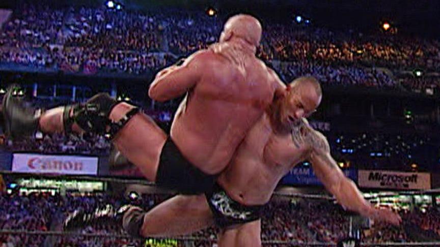 PHOTO: ये हैं WWE रेस्लरो की वो तस्वीरें जो उनके अंतिम मैच के समय ली गयी, 7 वीं तस्वीर देख हो जायेंगे भावुक 11