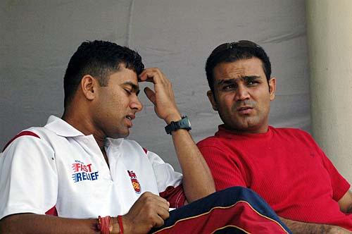 'ऐसा करोगे तो टीम से ड्रॉप हो जाओगे' वीरेंद्र सहवाग ने दी थी आकाश चोपड़ा को सलाह 1
