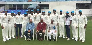 हैदराबाद की टीम ने चुना नया कोच, अब ये दिग्गज खिलाड़ी सुधारेगा टीम का प्रदर्शन 3