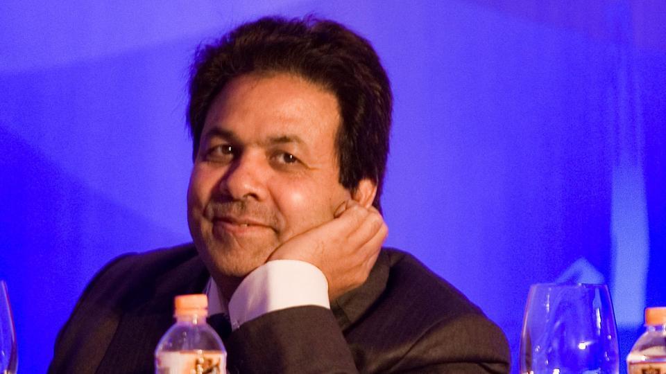 सुब्रमणियास्वामी ने लगाया आरोप आईपीएल मीडिया अधिकार स्टार स्पोर्ट्स को दिलाने के लिए राजीव शुक्ला को मिले इतने करोड़ रूपये, जानकर होगी हैरान 16