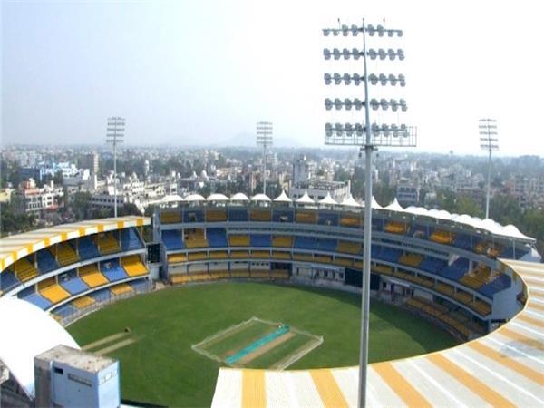 RECORDS: 43 साल के बाद टीम इण्डिया रच सकती है होलकर क्रिकेट स्टेडियम में यह अनोखा रिकाॅर्ड 2