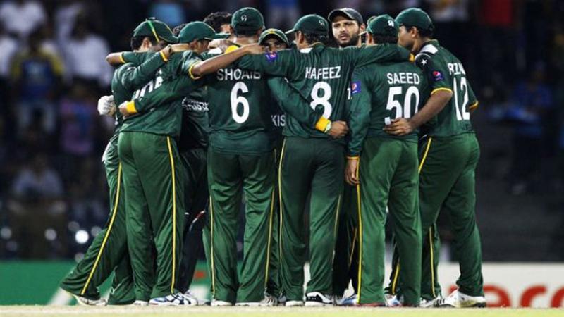 पाकिस्तान के इस स्टार दिग्गज खिलाड़ी का क्रिकेट करियर हुआ बर्बाद पीसीबी ने छीने आजीविका के सारे साधन 40