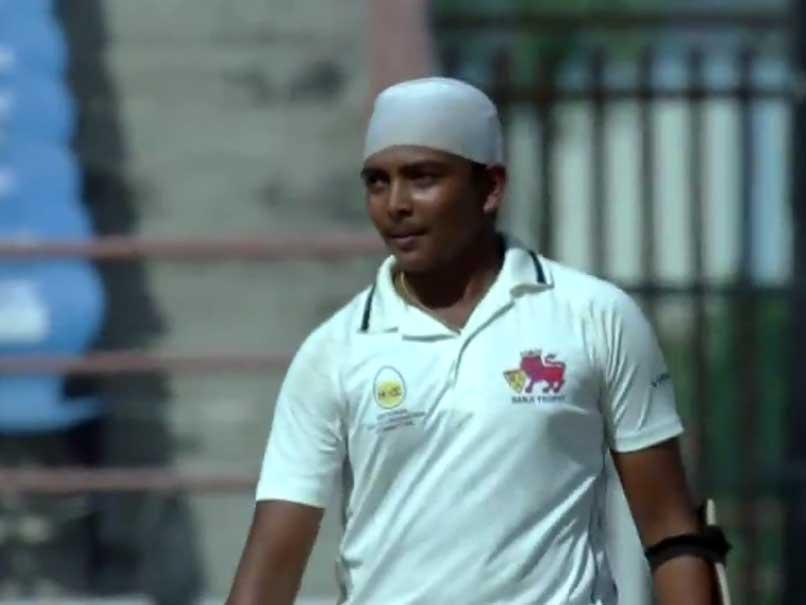 मात्र 26 गेंदों में इस युवा भारतीय खिलाड़ी ने रणजी मैच में जड़ा अर्द्धशतक अफ्रीका के खिलाफ टीम में जगह पक्की 9