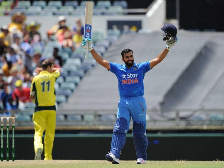 : रोहित शर्मा के ऑस्ट्रेलिया के खिलाफ बनाये गये इन 5 विश्व रिकॉर्ड को नहीं तोड़ सका आज तक कोई भी बल्लेबाज 3