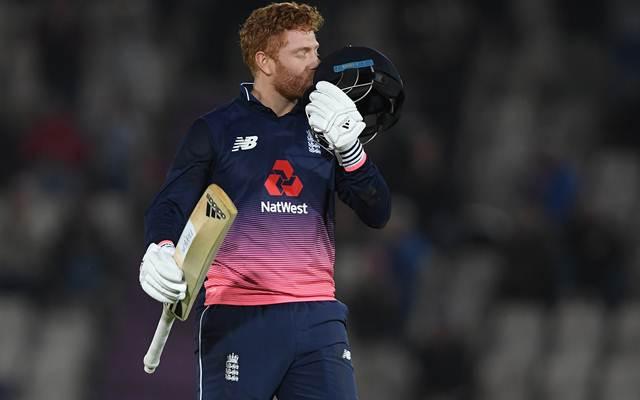 पिता ने कर लिया था सुसाइड तो माँ को था कैंसरफिर भी इस दिग्गज खिलाड़ी ने इन सब से परे होकर आज बना दुनिया का सर्वश्रेष्ठ बल्लेबाज 2