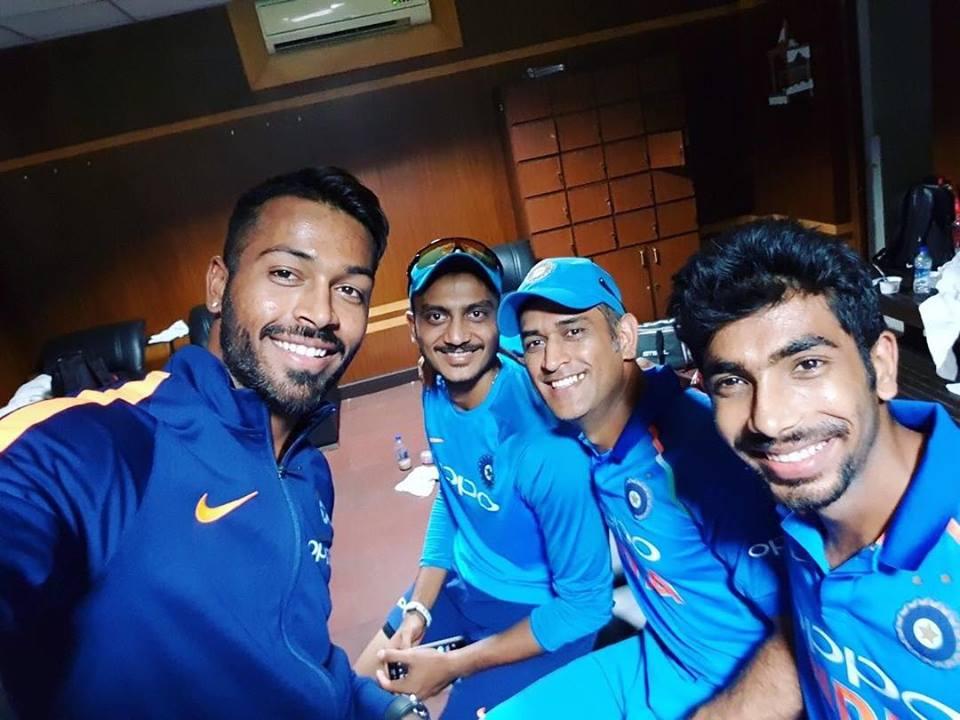 4-1 की ऐतिहासिक जीत के बाद टीम इंडिया ने कुछ इस अंदाज में किया अपने फैन्स का शुक्रिया....देखे किस खिलाड़ी ने क्या कहा 3