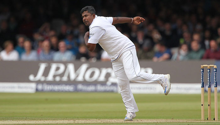 कोलकत्ता की पिच को लेकर इस श्रीलंकाई गेंदबाज़ ने दी चेतावनी, कहा पाचवें दिन हम भारत की हालात पतली कर देंगे 2