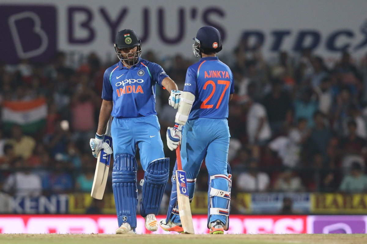 कोहली ने बांधे कुलदीप और हार्दिक की तारीफों के पूल, तो इसके उल्ट इन 2 खिलाड़ियों के फैन बने कोच शास्त्री 3
