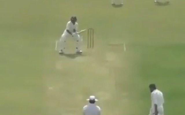 वीडियो- इससे पहले आपने क्रिकेट के मैदान में कभी नहीं देखा होगा ऐसा अनोखी बल्लेबाजी स्टांस 2