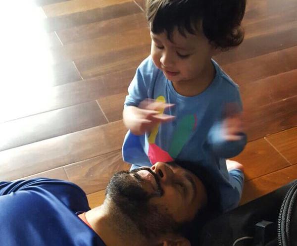 VIDEO: एमएस धोनी की बेटी जीवा ने गाया एक मलयालम गाना, वीडियो हो रहा हैं वायरल, आपने देखा? 2