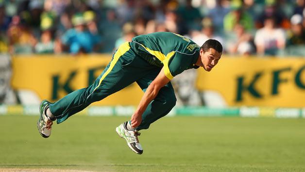 AUSvsIND : इस खिलाड़ी को वनडे टीम में नहीं मिली जगह, तो चयनकर्ताओं को लगाई फटकार 3