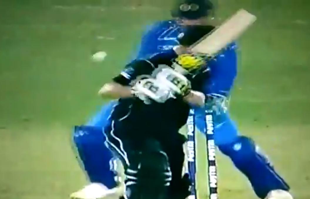 24.2 ओवर में मुनरो पर कोहली ने खोया आपा, तो मुनरो ने कुछ इस तरह दिया भारतीय कप्तान को जवाब 1