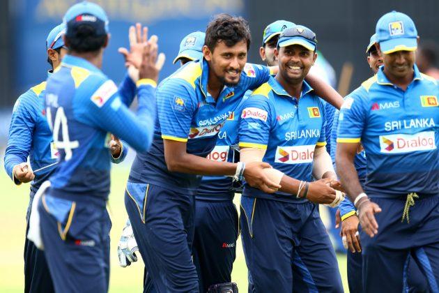 वनडे सीरीज से पहले श्रीलंकाई खेमे में मची खलबली छीन सकती हैं उपुल थरंगा से टीम की कप्तानी, इस दिग्गज को बनाया जा सकता हैं टीम का नया कप्तान! 1