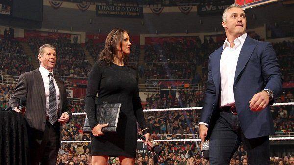 """किसने कहा: """"हां मैने ही WWE की कई सारी स्टोरीलाइन्स लीक की हैं और मेरी ही वजह से कंपनी के प्लान चौपट हुए"""" 1"""
