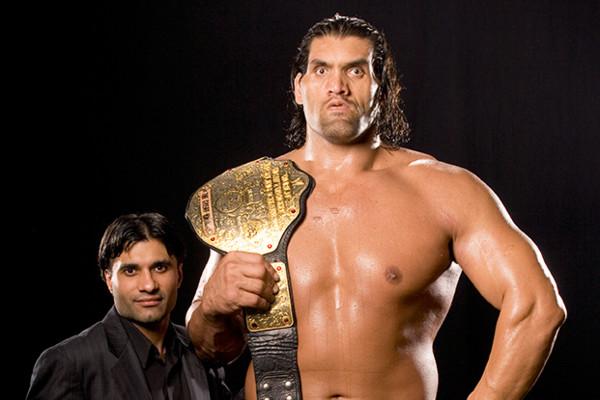 TOP 5: इन सुपरस्टारों ने WWE टाइटल जीतकर मार ली अपने ही करियर पर कुल्हाड़ी, चैंपियन बनने के बाद फुस्स रह गया करियर 1