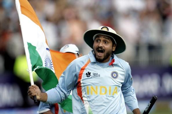 उस समय के कोच लालचंदराजपूत ने किया बड़ा खुलासा, इस वजह से हरभजन को छोड़ धोनी ने कराया था जोगिन्दर शर्मा से टी-20 विश्वकप फाइनल का आखिरी ओवर 1
