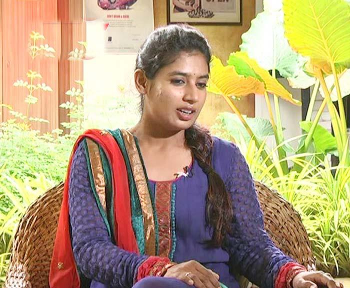 श्रीदेवी की मौत से दुखी मिताली राज ने कुछ इस तरह व्यक्त की अपनी संवेदनाएं, रिट्वीट करने से खुद को नहीं रोक पाई दीपिका पादुकोण 1