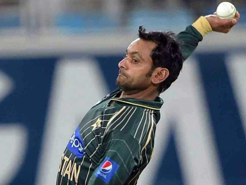 आईसीसी के द्वारा गेंदबाजी से प्रतिबंधित किए गए मोहम्मद हफिज को वसीम अकरम ने दी ये खास सलाह 2