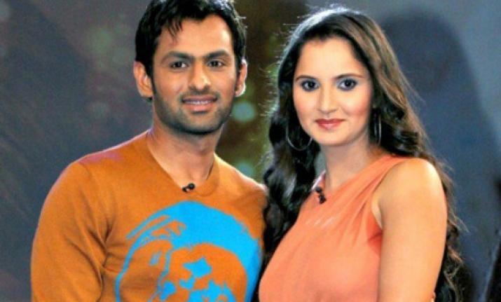 सानिया मिर्जा का नम्बर लेने के लिए शोयब मलिक ने महीनों लगाये चक्कर, शादी के पहले ही सानिया के घर डाल लिया डेरा 3
