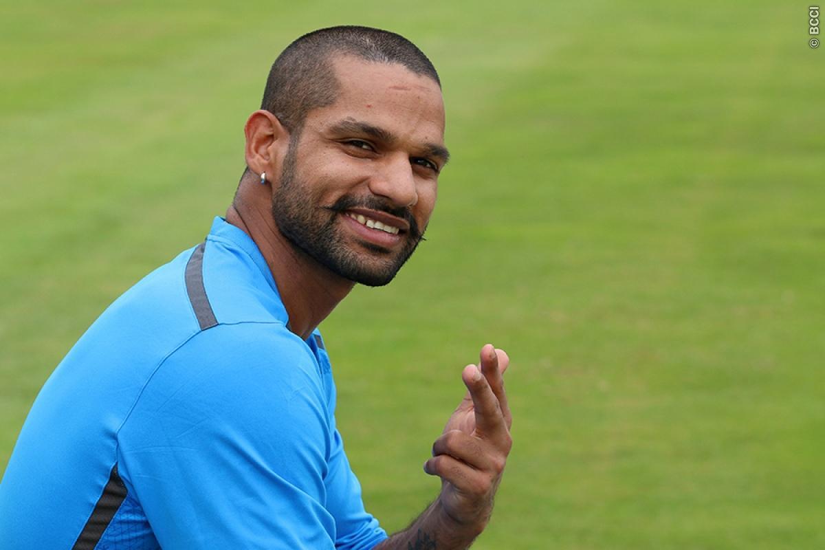 शिखर धवन ने इस भारतीय खिलाड़ी को कहा 'जोरू का गुलाम' चौकाने वाली थी इस खिलाड़ी की प्रतिक्रिया 13