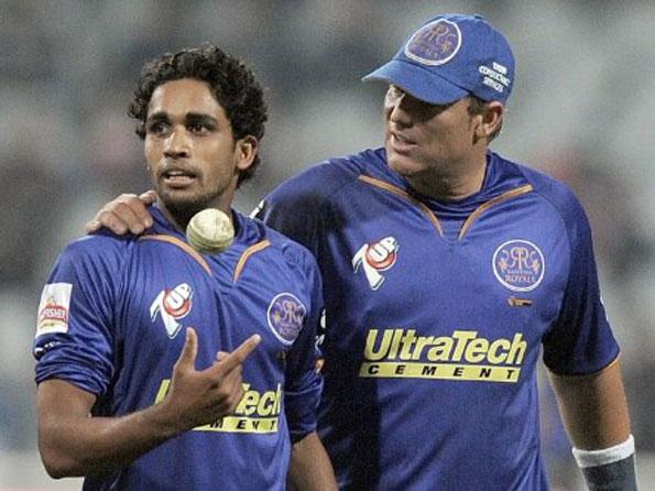 IPL 2009 में सचिन, पोंटिंग और सहवाग जैसे दिग्गज बल्लेबाजो को परेशान करने वाला यह भारतीय गेंदबाज आज 2 वक्त की रोटी के लिए कर रहा है ये काम 14