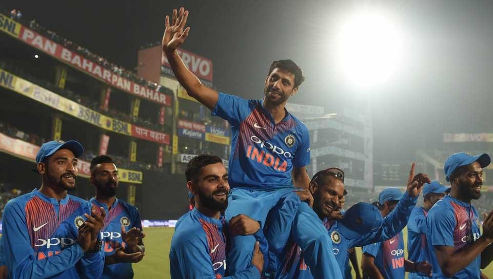 भारत के दम पर नंबर वन पर बनी पाकिस्तान टीम को अब भारतीय टीम ही गिरा देगी नीचे..ऐसे बन जाएगी नंबर वन 3