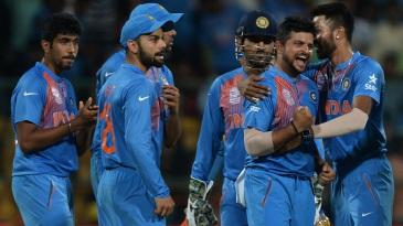 किसी पाकिस्तानी या ऑस्ट्रेलियाई खिलाड़ी को नहीं बल्कि इस भारतीय खिलाड़ी को वर्तमान समय का महान बल्लेबाज मानते है शोयब अख्तर 11