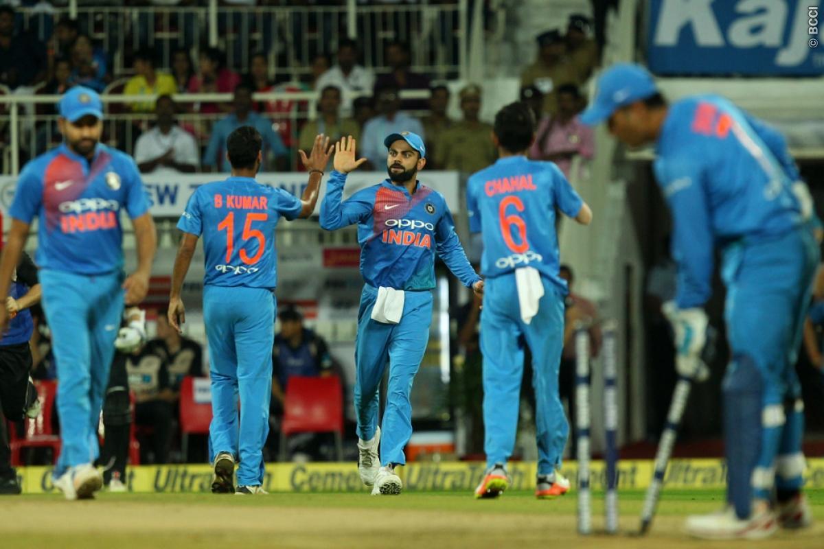 तिरुवनंतरपुरम टी-20 : बारिश से बाधित मैच में शानदार गेंदबाजी के दम पर जीता भारत, सीरीज पर 2-1 से कब्जा 15
