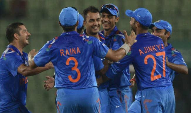 हार्दिक पंड्या को कड़ी टक्कर देने आया वनडे का सर्वश्रेष्ठ आलराउंडर खिलाड़ी, रणजी में गेंद और बल्ले से कर रहा शानदार प्रदर्शन 15