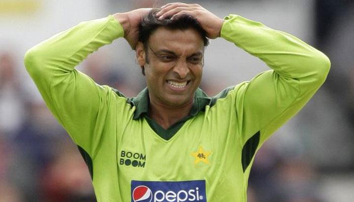 दुनिया के सबसे खतरनाक गेंदबाज शोएब अख्तर सचिन और सहवाग को नहीं बल्कि इस भारतीय बल्लेबाज को गेंदबाजी करने से जाते थे कांप 1