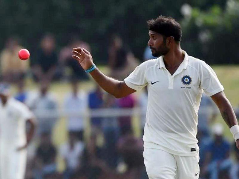 रणजी ट्रॉफी ग्रुप स्टेज में शानदार गेंदबाजी करने के बाद इन खिलाड़ियों को साउथ अफ्रीका दौरे पर मिल सकती है भारतीय टीम में जगह 3