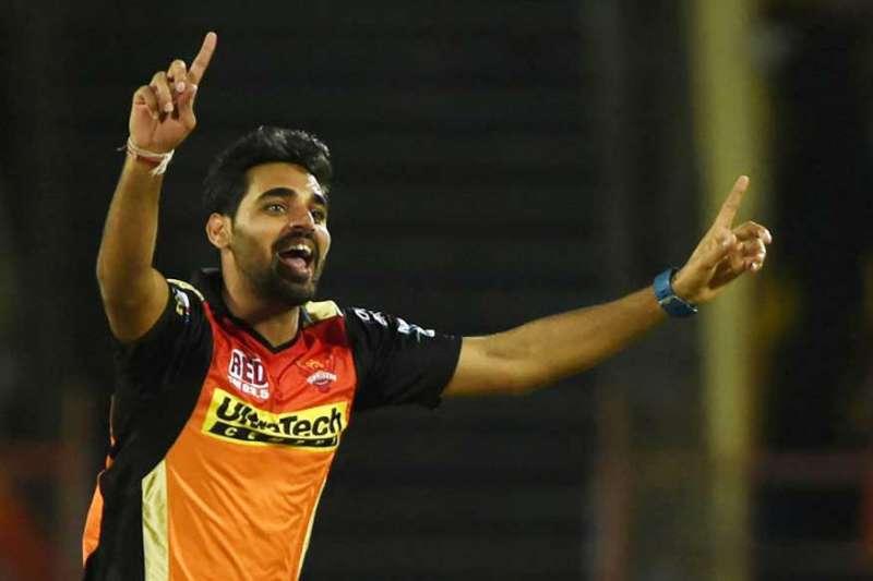 युवराज, धवन और भुवी में दिखी जंग, इस खिलाड़ी को सौपी हैदराबाद ने आईपीएल 11 की कप्तानी 2