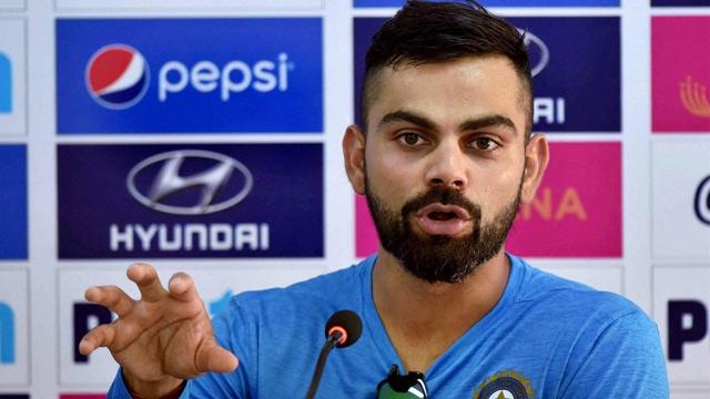 महेंद्र सिंह धोनी के बल्लेबाजी क्रम और खराब प्रदर्शन पर बोले विराट कोहली, लगाया फटकार 11