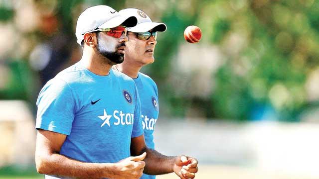 धोनी ने कहा था अश्विन को किसी भी कीमत पर अपनी टीम में करेंगे शामिल, लेकिन कुंबले ने कहा झूठ बोल रहे है धोनी, जाने किस वजह से चेन्नई नहीं करेगी अश्विन को टीम में शामिल 17
