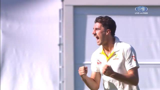 एशेज सीरीज: एक बार फिर से दोनों देशो के बीच क्रिकेट की जंग हुई जाहिर, आपस में लड़ गए फैन्स, फोटो देख आप भी रह जाएँगे हैरान 2