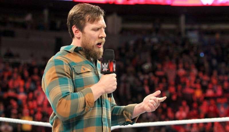 पांच ऐसे मौके जब WWE ने TRP बढ़ाने के लिए रेस्लर के निजी सम्बन्धो को किया तार-तार 7