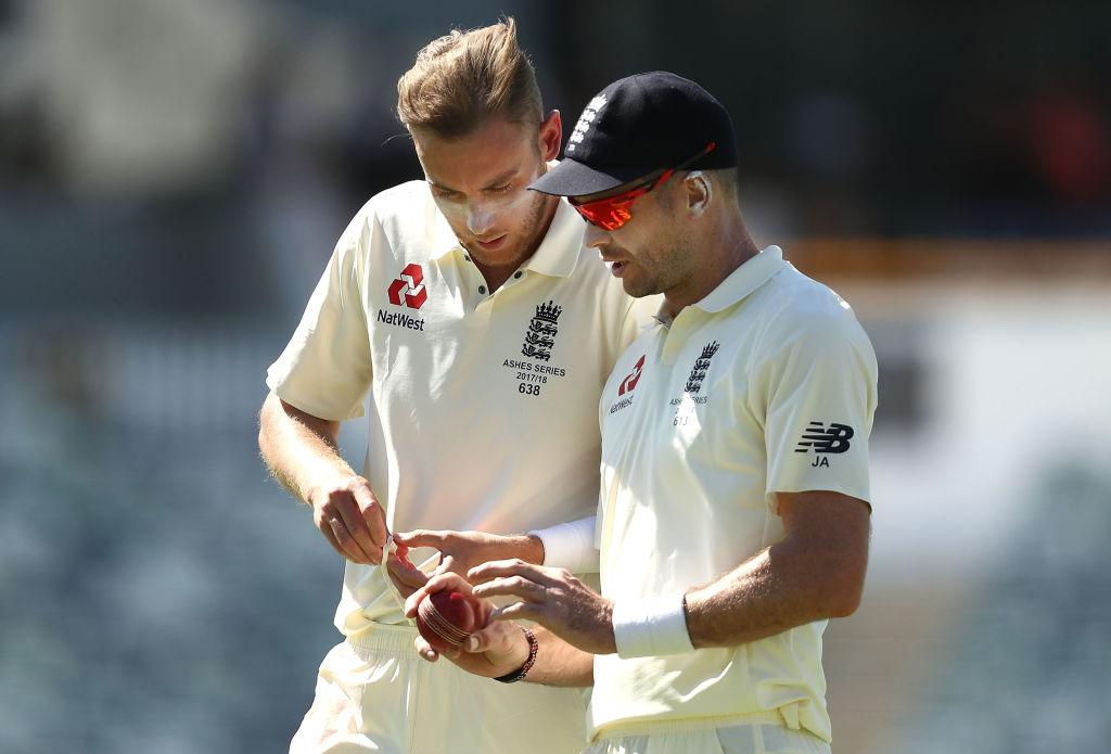 RECORD: स्टुअर्ट ब्रॉड ने रचा इतिहास जेम्स एंडरसन के बाद यह ऐतिहासिक उपलब्धि हासिल करने वाले सिर्फ दूसरे गेंदबाज बने 3