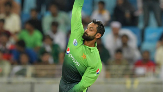 आईसीसी के द्वारा गेंदबाजी से प्रतिबंधित किए गए मोहम्मद हफिज को वसीम अकरम ने दी ये खास सलाह 3